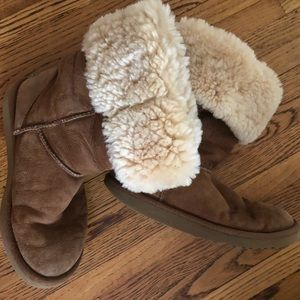 Old Chestnut Brown Ugg's